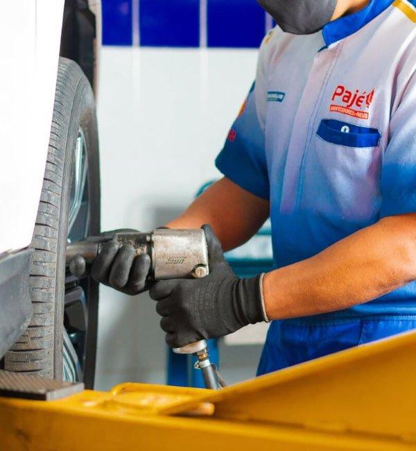 Os melhores serviços de venda e instalação de pneus é na Pajé Amortecedores